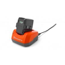 Зарядное устройство Husqvarna QC330